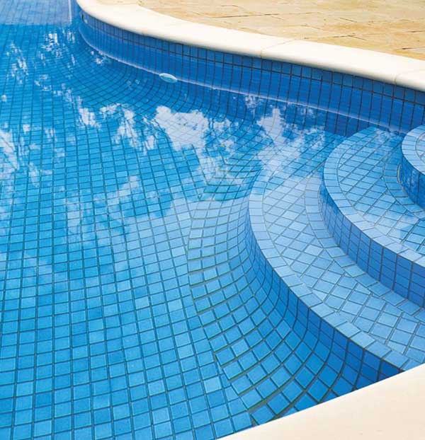 Pool Tiling Adelaide For All Shapes & Sizes - Free Quotes ...